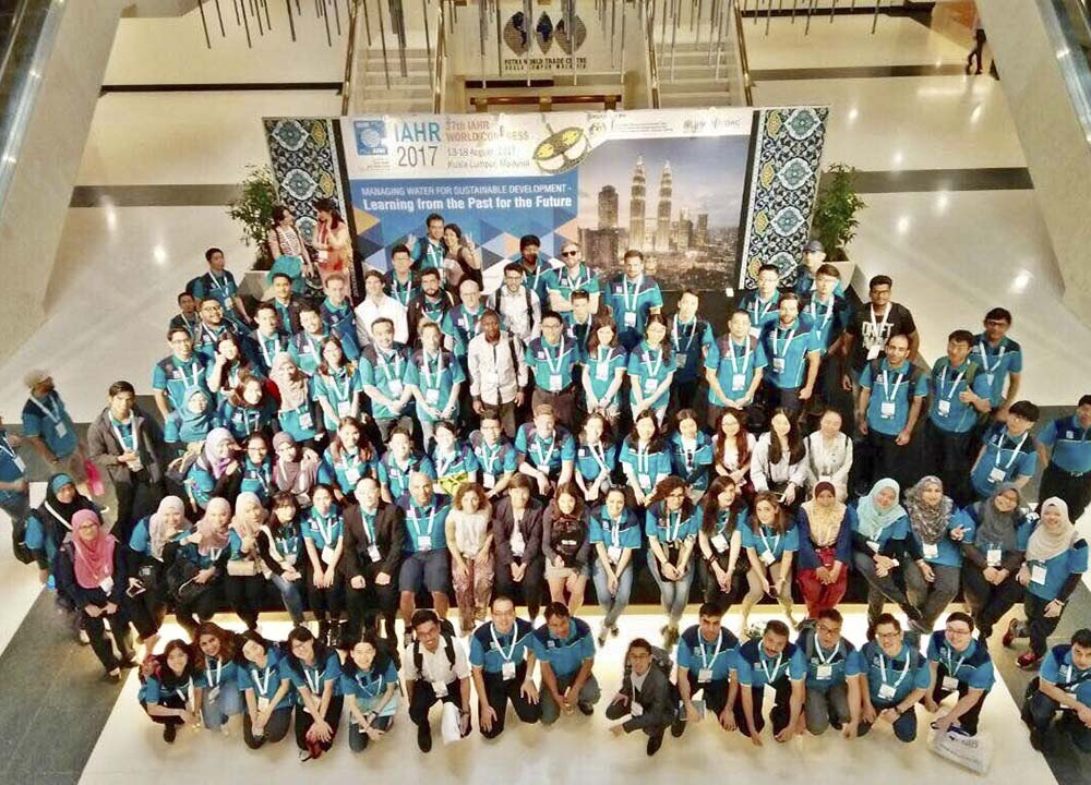 YPN delegates at the 37th IAHR World Congress in Kuala Lumpur, Malaysia.